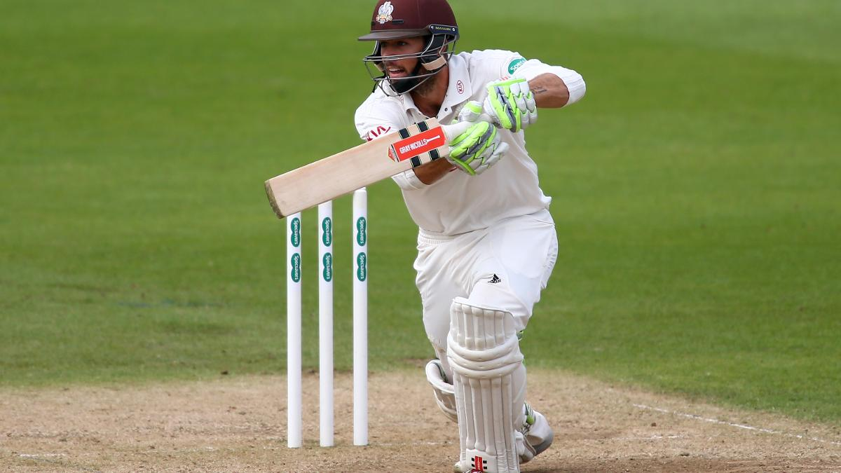 Foakes was an able assistant for Burns, with the former unbeaten on 33