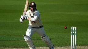 Highlights - Surrey v Yorkshire Day 1