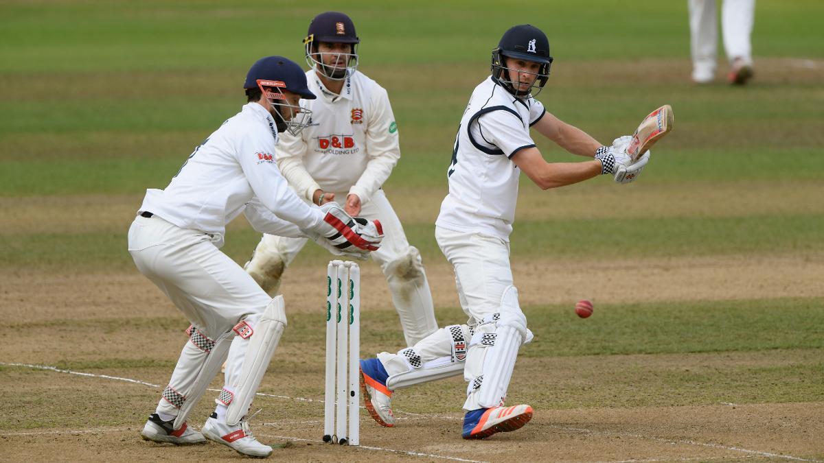 Chris Woakes made 22 batting at six for Warwickshire