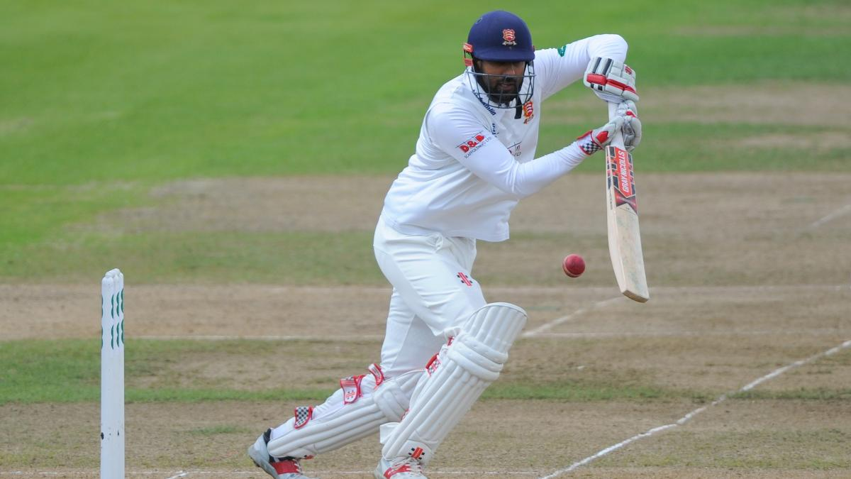 Varun Chopra fell two short of his century, being trapped lbw by Matthew Lumb