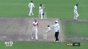 Highlights - Worcestershire v Leicsetershire Day 3