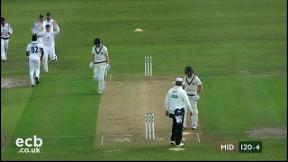 Highlights - Middlesex v Hampshire Day 3