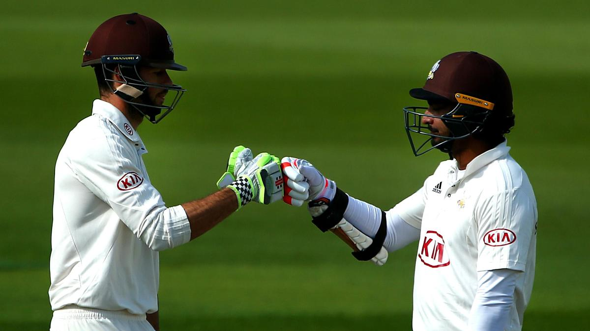 Ben Foakes & Kumar Sangakkara in action against Yorkshire