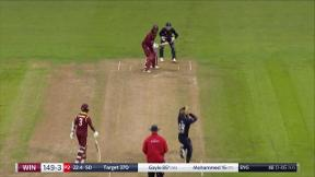 Gayle blasts Ali into the press box