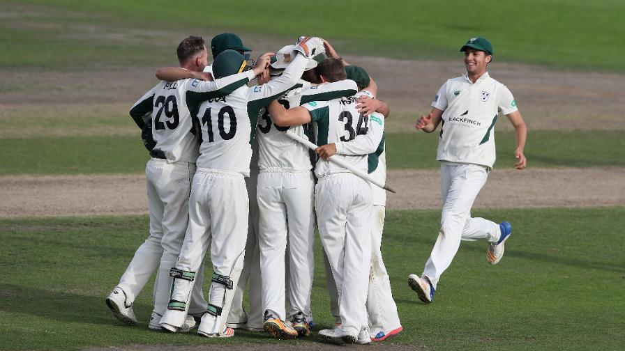 Worcestershire are Division Two Champions!