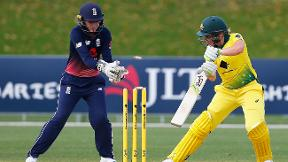 Match in a minute - Australia v England second ODI