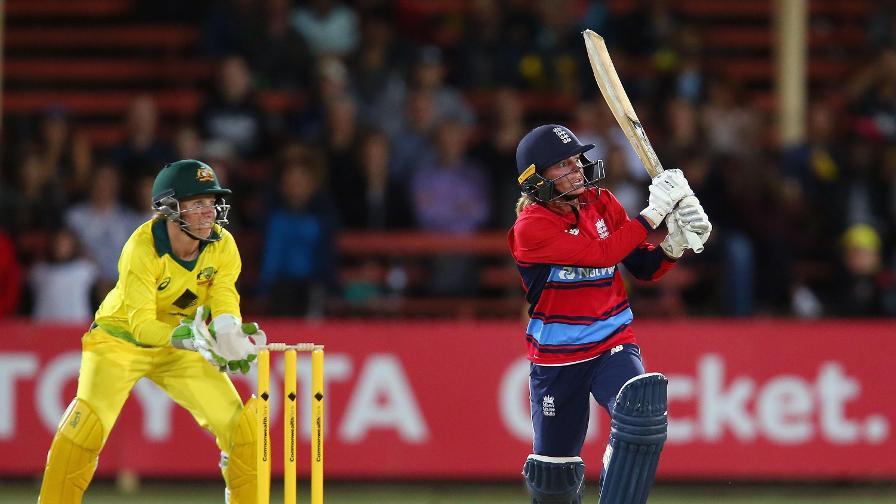 England lose first T20 as Australia retain the Women's Ashes