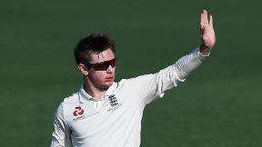 Watch Mason Crane's Ashes warm-up wickets