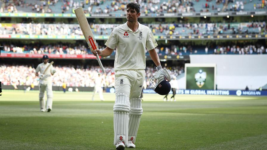 Melbourne 2017 - Cook walks off unbeaten on 104 as England dominate day two