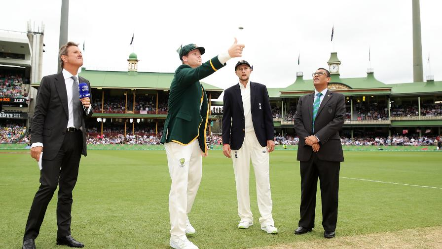 CORRECT CALL - Root wins the toss... again