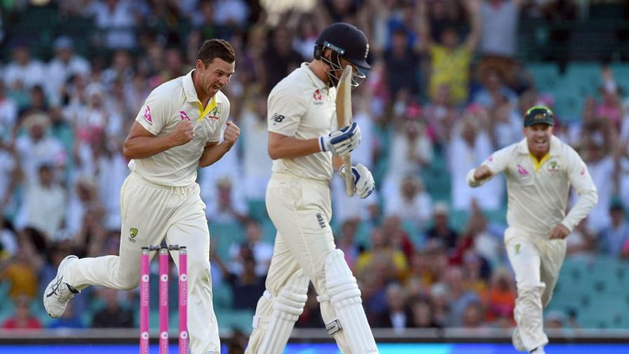 Bairstow departs at the end of Day 1