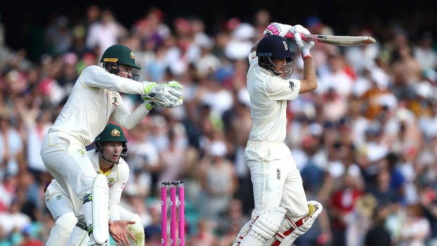 Joe Root in action on day 4 in Sydney