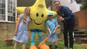Stuart Broad delivers All Stars Cricket kit
