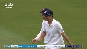 Shafiq out caught Malan bowled Stokes