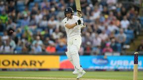 Highlights - England build 128-run lead over Pakistan
