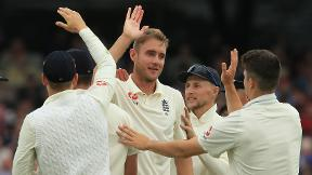 Highlights - England complete dominant victory over Pakistan to level series