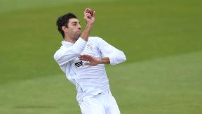 Olivier keeps Derbyshire on course for victory