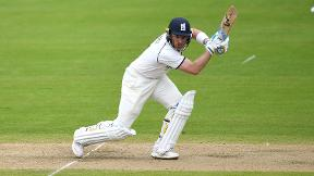 Bell century ensures Warwickshire victory