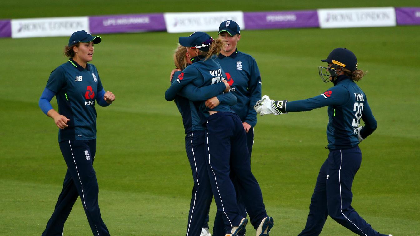 England players celebrate during second ODI against South Africa