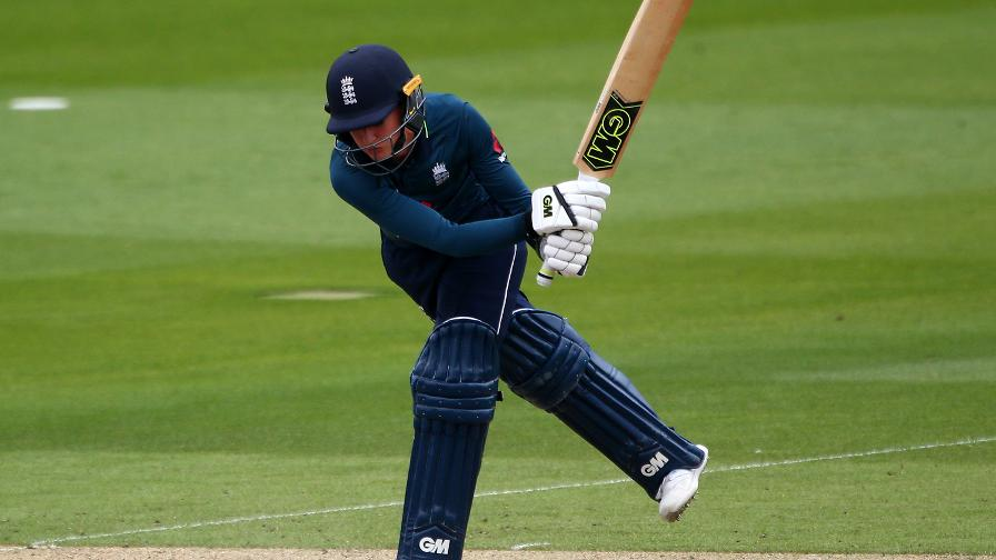 Sarah Taylor goes through her range of extraordinary shots