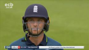 Buttler out caught Finch bowled J. Richardson