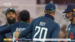 Agar out caught & bowled Rashid
