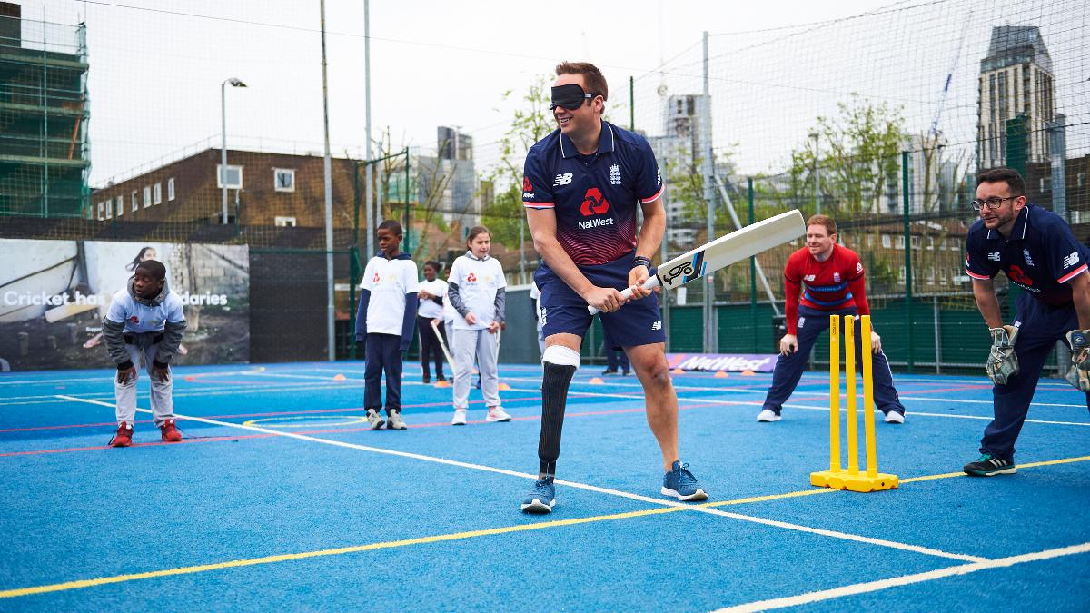 Iain Nairn plays visually impaired at the Natwest 'Cricket has no boundaries' launch