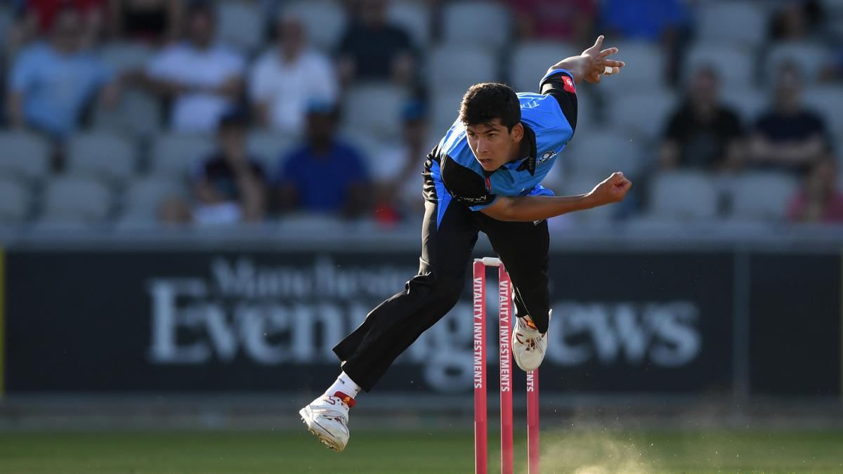 Patrick Brown picked up two wickets in Worcestershire's win over Derbyshire