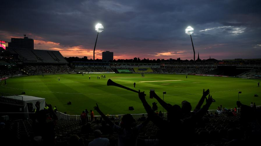 The sun sets on another exciting night of Blast cricket