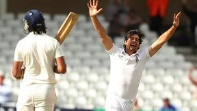 Alastair Cook's maiden Test wicket