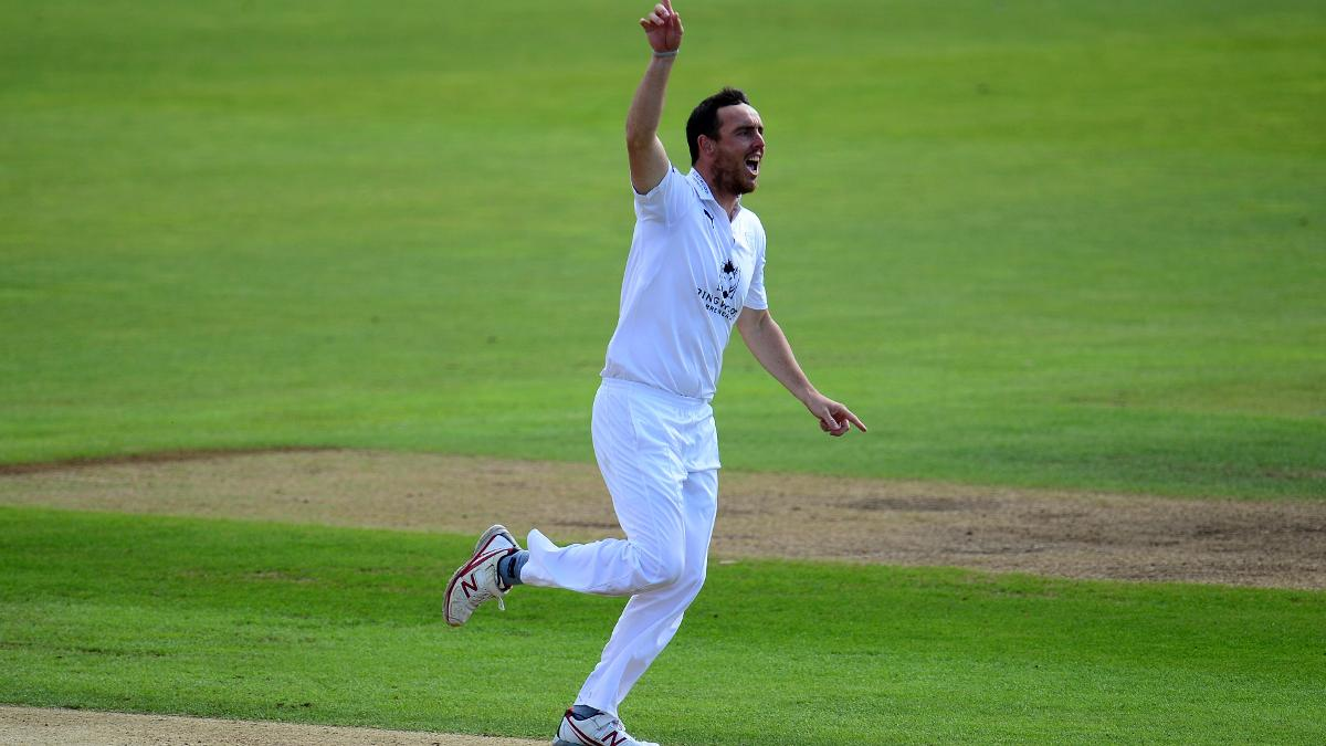 Kyle Abbott took five-wickets as Hampshire beat Essex