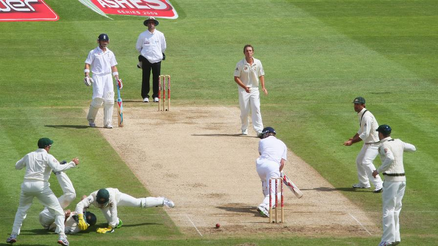 Collingwood dug in for 74 at Cardiff in the first 2009 Ashes Test to help England to an important draw