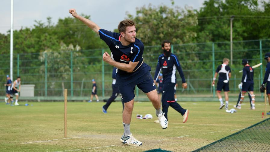Dawson leaves Sri Lanka tour as Denly called up