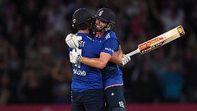 Six off the last ball ties incredible match | England v Sri Lanka 2016 - Highlights