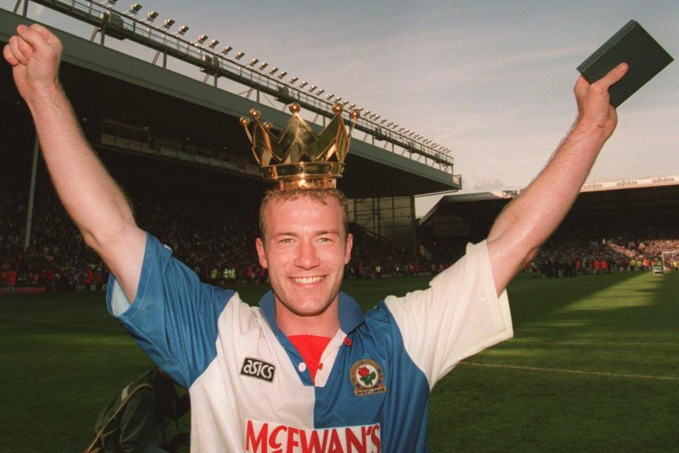 Alan Shearer celebrates winning the 1994/95 PL title
