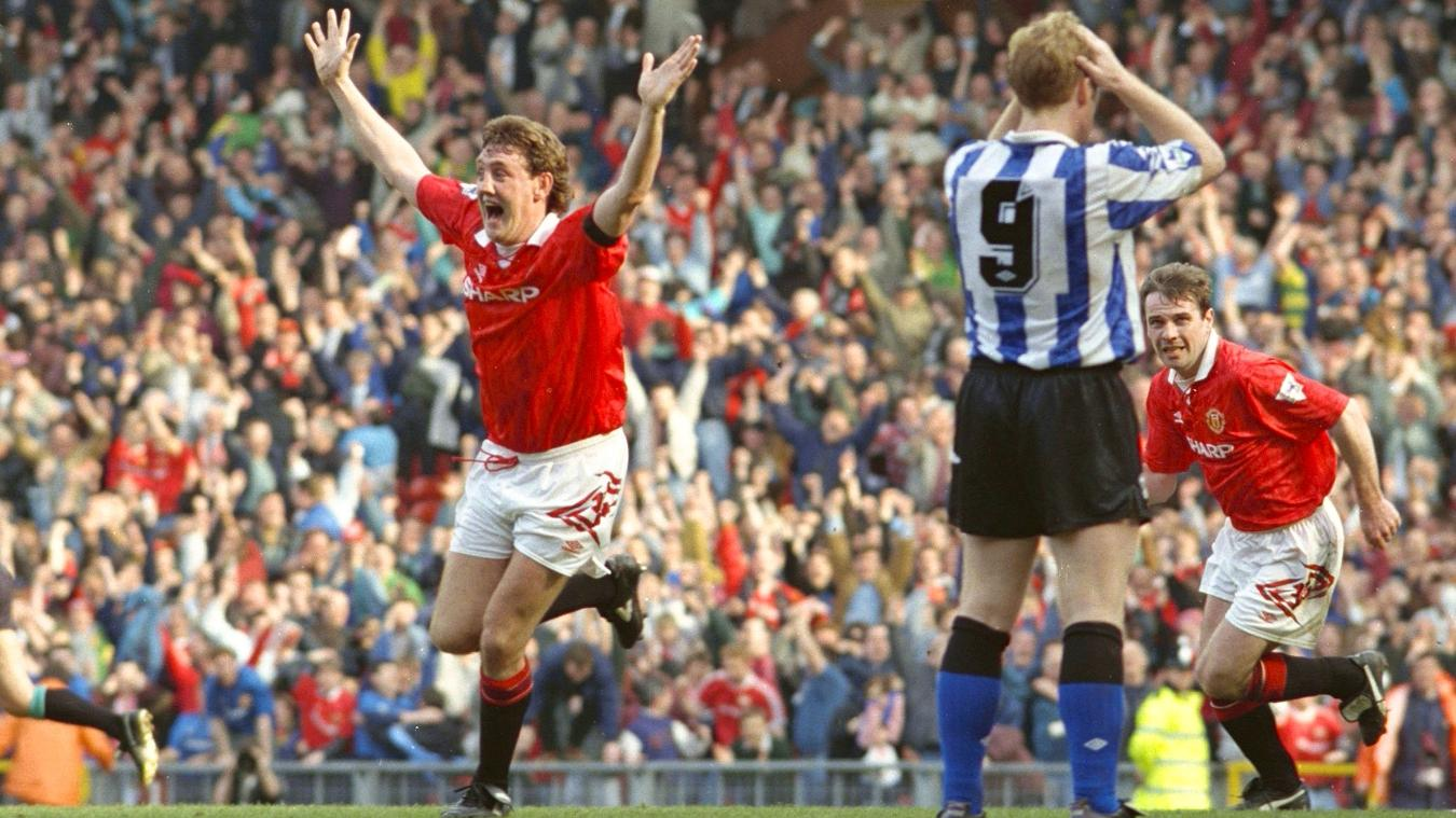 steve-bruce-cele-man-utd-sheffield-wednesday-1993.jpg