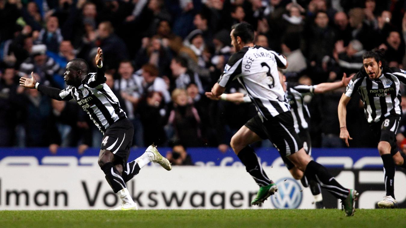 cheick-tiote-goal-cele-newcastle-united-arsenal-050211.jpg