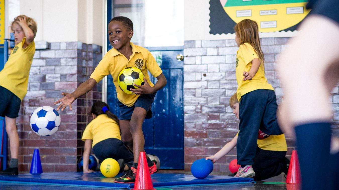 premier-league-communities-explainer-school-sport