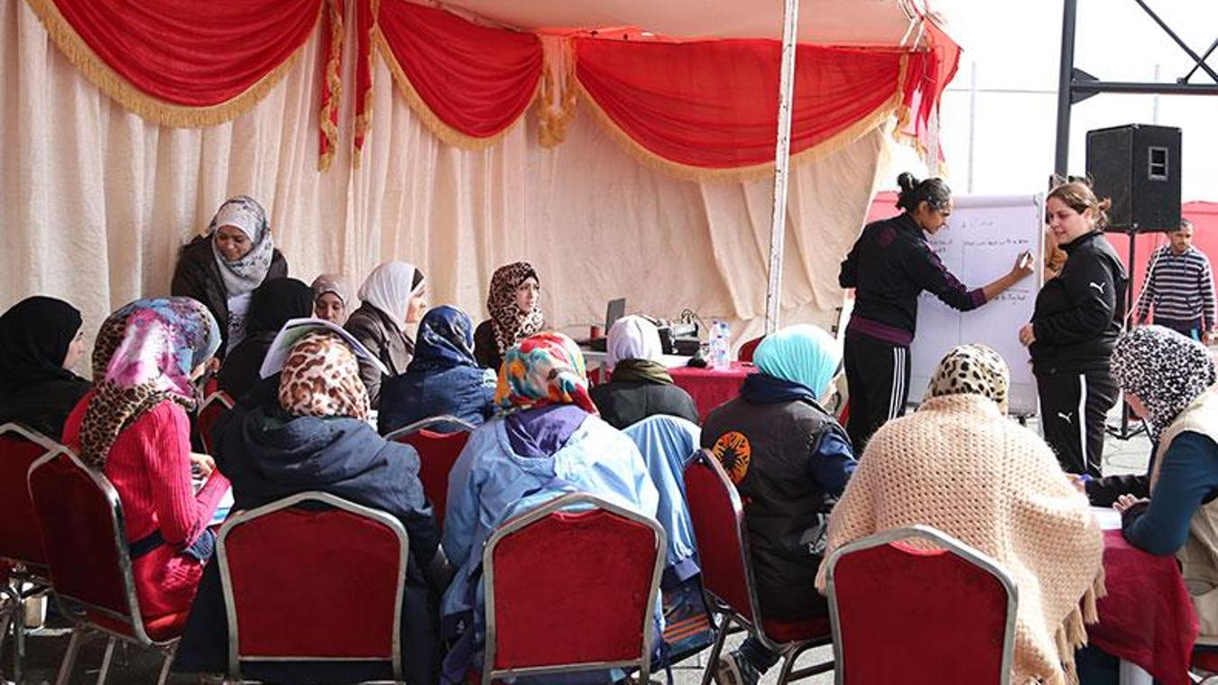 790-premier-skills-jordan-azraq-refugee-camp-161115-ps1.jpg